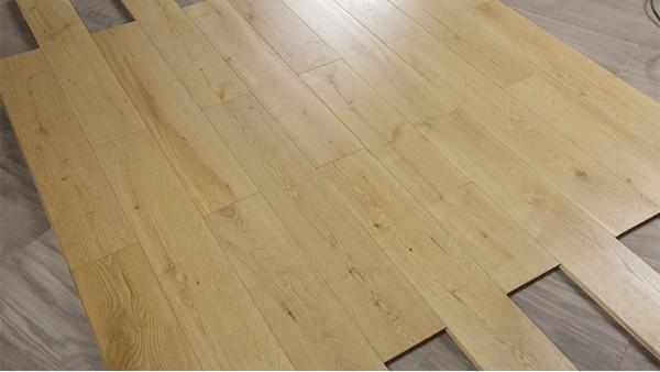 如何让木制地板长久使用