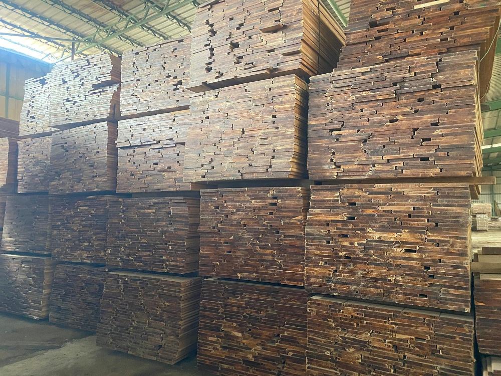 缅甸柚木常规板材