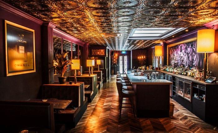 酒吧装修设计中墙面色彩怎么去搭配