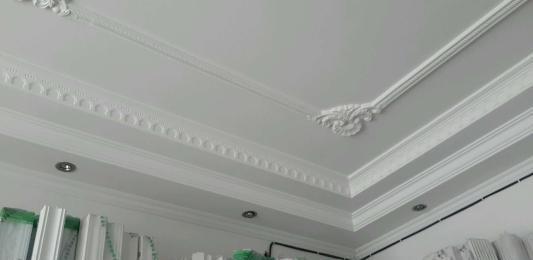 石膏线用一层或是双层好?