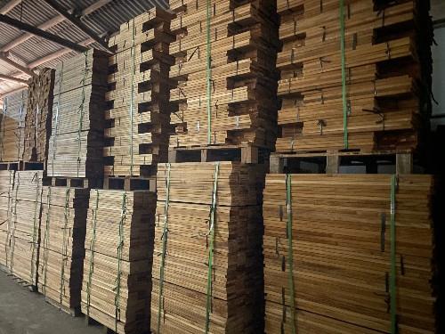 缅甸柚木地板胚料